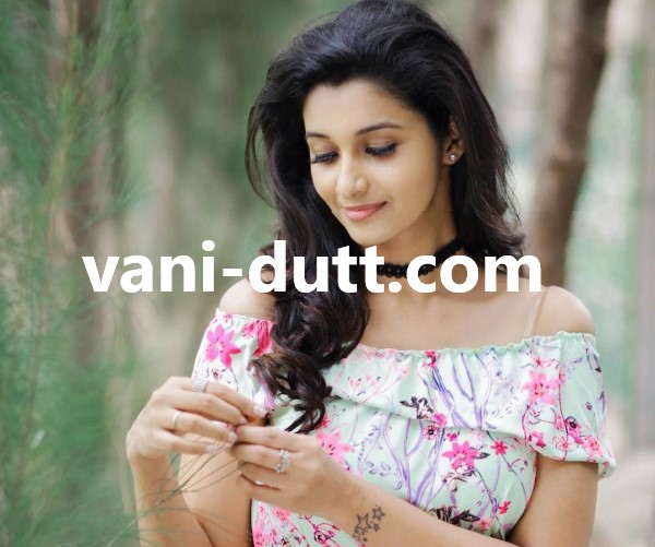 Escorts Girl at Cunningham Road